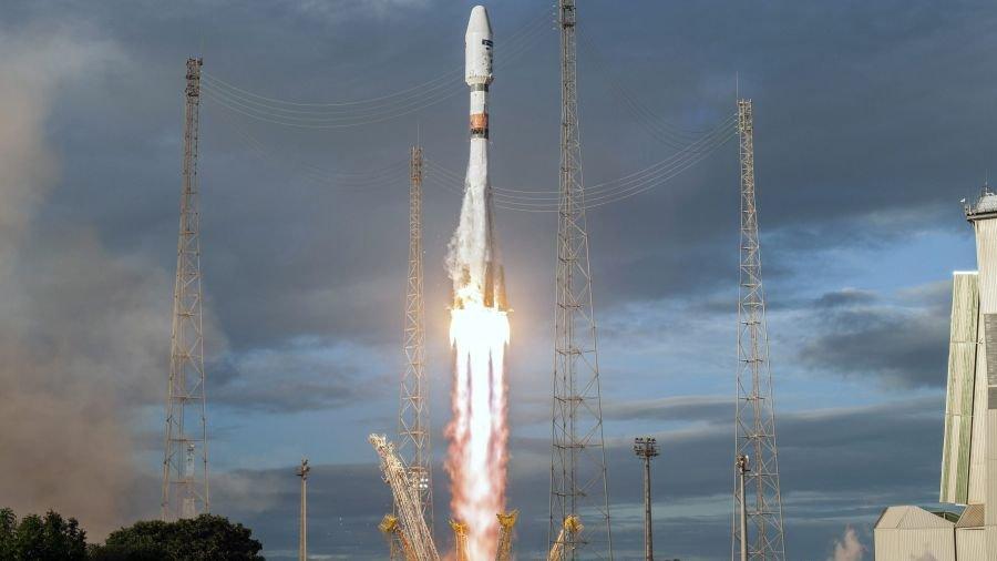 Brasil y Rusia lanzan satélites de observación medioambiental